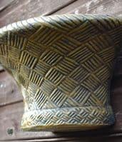 Basket weave stone garden wall planter